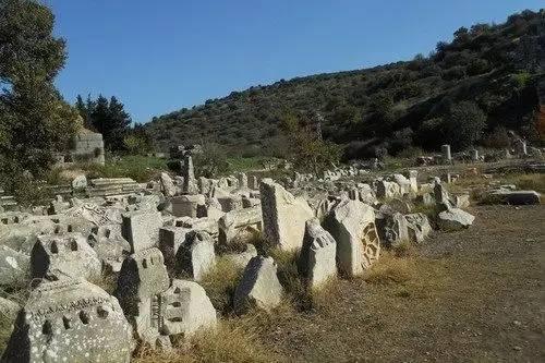 角斗士墓地